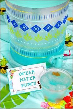"""Ocean Water Punch - a summer drink inspired by """"Jaws"""". #MovieMonday"""