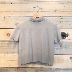 Tse grey cashmere turtleneck sweater VTG Tse grey cashmere turtleneck cropped sweater in size M. Super soft! Pre owned in good condition. TSE Sweaters Cowl & Turtlenecks