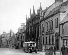 Tour Scotland Photographs: Old Photograph Passenger Bus Thurso Scotland