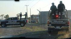 Agentes de la Policía Michoacán y de la PF realizan patrullajes en la Autopista Siglo XXI, en las desviaciones a los municipios de Uruapan, Apatzingán y Pátzcuaro – Morelia, Michoacán, ...