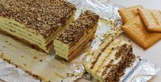The Easiest To Make Biscuit Cake With Pudding Filling – Desserts Corner
