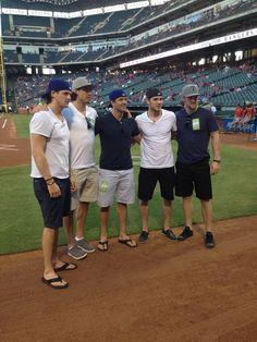 Dallas Stars at Rangers Ballpark in Arlington #swoon
