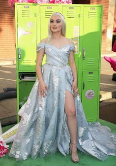zombies disney movie Meg Donnelly attends the screening of the Disney Channel original movie quot;ZOMBIES at Walt Disney Studios Main Theater on January 2020 in Burbank, California. Disney Channel Movies, Disney Channel Original, Disney Channel Stars, Original Movie, Disney Movies, Disney Cars, Meg Donnelly, Zombie Disney, Zombie Movies