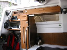 The Macgregor 26x yacht 'Restless' Galley mods