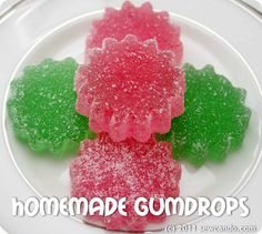 Make Your Own Gumdrops This has been on my to-do list for a year, at least. Maybe I'll make them for Christmas. Best Candy, Favorite Candy, Yummy Treats, Sweet Treats, Yummy Food, Fun Food, Shortbread, Gumdrop Recipe, Candy Recipes