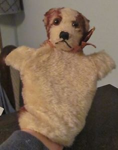 Steiff hand puppet Molly.