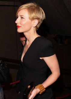 Cate Blanchett Chic Pixie Haircut side view of what to do with the back of the head/nape area