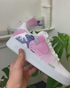 Custom Sneaker Customization Video By camcreatez Custom Painted Shoes, Custom Shoes, Trendy Womens Sneakers, Nike Shoes Air Force, Cute Sneakers, Aesthetic Shoes, Hype Shoes, Louis Vuitton Shoes, Mode Outfits