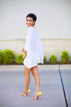 Street style | Louboutin colorful pumps and loose shirt dress