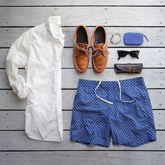 AVOID THESE SHORTS WITH COLLARED SHIRTS. With a button down these shorts can easily turn into looking like boxers! Been there done that...