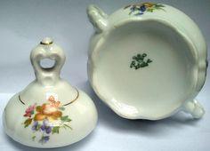 Açucareiro Antigo com Motivo Floral Porcelana Real  http://www.antiguidadesonline.com/porcelana/porcelana-real/index.php