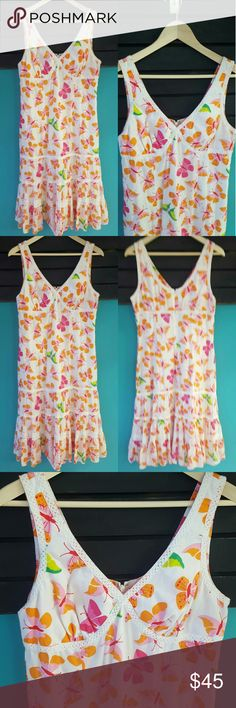 """LILLY PULITZER JACINDA BUTTERFLY DRESS 12 Lilly Pulitzer Jacinda long dress features a beautiful butterfly print and crocheted trim. Hidden zipper back closure. Fully lined. Long flowy light weight dress perfect for travel, festivals, parties, shopping, and leisure. Great pre-owned condition!   Size 12 Approximate measurements: Length 45"""" inches, Underarm to underarm 16"""" inches Material: Shell 100% Cotton, Lining 65% Polyester 35% Cotton  FAST SHIPPING!! BUNDLE AND SAVE!! Lilly Pulitzer…"""