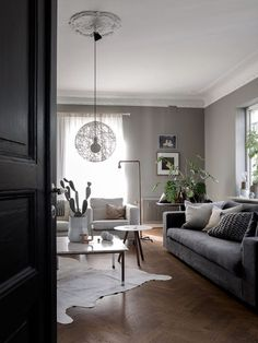 Lovely Scandinavian Home Of Blogger And Stylist Daniella Witte