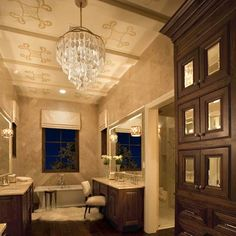 Love this master bath!  Especially the sheepskin by the tub. ;)  From www.sanantoniomurals.com