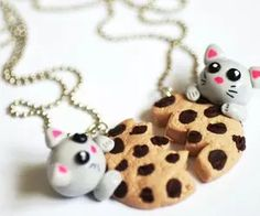 Kitten Cat Cookie Split Necklace Bestfriends