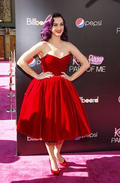 Katy Perry Is Ravishing In Red Velvet At The Premiere Of Her 3D Movie 'Katy Perry: Part Of Me'