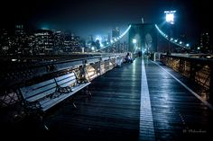 Brooklyn Bridge, Brooklyn, New York. New York City II 30 of the most unique bridges Brooklyn Bridge New York, New York City Ny, Ny Ny, Brooklyn Baby, Brooklyn Nyc, Monuments, Night Photography, Street Photography, Photography Tips