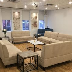 This 885 sq. ft space offers a comfortable place for small meetings. #nyceventspace #privateeventspace #eventspacerental #nyceventplanners #EventPlanning #EventPlanningny #nyclocationscout #nycvenues #locationscout #locationscouting #spaceinmotion #events #design #eventspace #photooftheday #eventdesign #decor #scout #locations #manhattan #nyc #newyork Event Space Rental, Location Scout, Manhattan Nyc, Soho, Event Design, Event Planning, New York, Events, Spaces