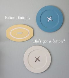 cute giant buttons from sad old wooden trays!