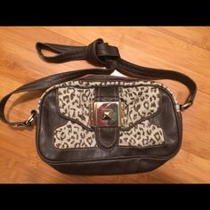 Jessica Simpson Natural Sparkle Flap Shoulder Bag Style#JS3633 - Medium shoulder bag, 100% Linen with 100% PVC Trim.  Bag approx.  size is 10.5 x 5.5 x 2.5.  Handle drop : 24 , Cross body/ Messenger.  Brown leopard .  Excellent condition never used. Jessica Simpson Bags Shoulder Bags