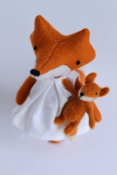 handmade toys & other little things Holiday Crochet Patterns, Handmade Toys, Plushies, Doll Clothes, Fox, Textiles, Dolls, Mini, Crafts