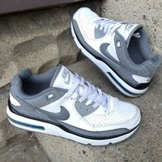 Nike airmax sneakers Nike airmax white and gray sneakers - pre loved but in  good condition 362d2f1ba