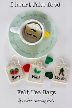 While Wearing Heels: I Heart Fake Food - Felt Tea Bags - unfortunately we use leaves - may have to educate the kids first. Felt Diy, Felt Crafts, Diy For Kids, Crafts For Kids, Felt Play Food, Homemade Toys, Pretend Food, Pretend Play, Diy Toys