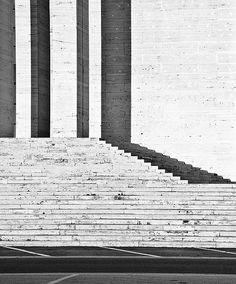 Travertine steps of the Citta Universitaria di Roma . Photo by Steg1967.