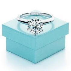 A Tiffany Setting diamond engagement ring and the famous Tiffany Blue Box. Tiffany E Co, Tiffany Rings, Tiffany Blue, Tiffany Solitaire, Tiffany Jewellery, Perfect Wedding, Dream Wedding, Wedding Day, Wedding Rings