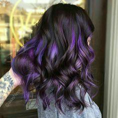 Purple Brown Hair, Purple Hair Highlights, Hair Color Purple, Light Brown Hair, Cool Hair Color, Brown Hair Colors, Black Hair, Purple Streaked Hair, White Highlights