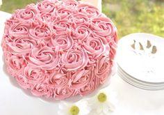 Rose cake with chocolate and raspberries-Rosekake med sjokolade og bringebær R. Rose cake with cho Sweet 16 Cakes, Best Chocolate, Chocolate Cakes, Rose Cake, Confectionery, Sprinkles, Icing, Cake Decorating, Raspberry