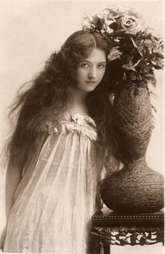 Edwardian Actress Maude Fealy