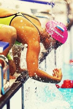 Before a race feeling Swimming Memes, Swimming Diving, Keep Swimming, Swimming Photography, Beach Photography, Swimmer Problems, Girl Problems, Swimming Pictures, Swimming Motivation
