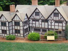 miniature elizabethan village