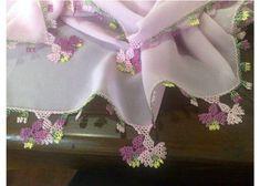 Neuen Needlework + embroideries + lace-up + . Needle Lace, Lace Flowers, Filet Crochet, Baby Knitting Patterns, Tatting, Needlework, Diy And Crafts, Embroidery, Handmade