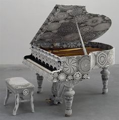 I play the piano and crochet doilies. I wouldn't have such a piano in my home, but I really like this. The Piano, Piano Art, Piano Music, Piano Keys, Crochet Music, Crochet Art, Crochet Ideas, Knit Art, Crochet Fabric