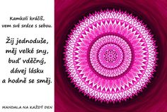 Mandala Žij jednoduše a buď šťastný Mandala Art, Favorite Quotes, Coaching, Self, Tapestry, Motivation, Words, Life, Training