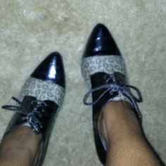 Brown Guess Heels Guess Heels. Great cond. Guess Shoes Heels