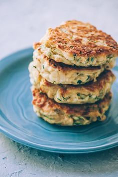 These easy, healthy Gluten-Free Vegan Zucchini Fritters are made with chickpea flour for added nutrition and depth. Packed with the perfect blend of spices, these delightful vegan fritters are beyond DELICIOUS, too! | Gluten Free Zucchini Fritters | Chickpea Flour Fritters | #veganzucchinifritters #glutenfreezucchinifritters Vegetarian Recipes Easy, Gourmet Recipes, Vegan Vegetarian, Whole Food Recipes, Cooking Recipes, Healthy Recipes, Snacks Recipes, Vegetable Recipes, Healthy Foods