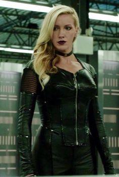 Supergirl 2015, Supergirl And Flash, Black Siren, Arrow Black Canary, Dinah Laurel Lance, Defenders Marvel, Lance Black, Team Arrow, Emily Bett Rickards