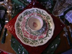 Nancy's Daily Dish: Christmas Color History of Red & Green with a Transferware Tablescape