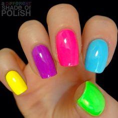 A different shade of polish : photo uñas divertidas, colores neon, uñas de colores Rainbow Nails, Neon Nails, Love Nails, Neon Rainbow, Bright Nails Neon, 80s Nails, Neon Nail Art, Bright Summer Nails, Summer Colors