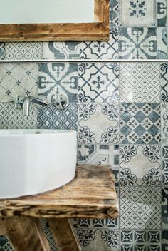 bathroom-sink-patterned-patchwork-tiles-wooden-table-tap.jpg 600×896 pixels