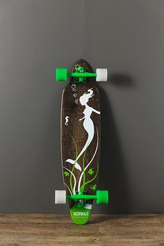 Norwaii Longboards - The Mermaid This would be my board... If I could longboard.