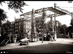 .1935 - 1940. View on the Jan Pieter Hijestraat and bridge crossing the Jacob van Lennepkade in Amsterdam. #amsterdam #1940 #JanPieterHijestraat #JacobvanLennepkade