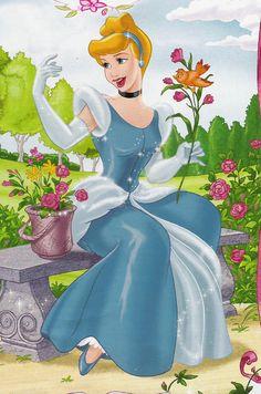 Disney Princess Cinderella, Disney Princess Pictures, Disney Movies, Disney Pixar, Disney Characters, Fairy Tale Story Book, Fairy Tales, Arte Disney, Disney Magic