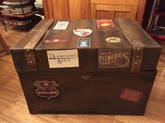Full size DYI Harry Potter trunk made from cardboard box. Harry Potter Birthday prop