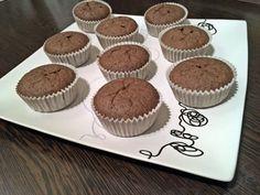 Gesztenye muffin, liszt- és cukormentesen, házi tejszínhabbal | Stop Sugar Muffin, Fitt, Food And Drink, Sweets, Sugar, Baking, Breakfast, Healthy, Paleo