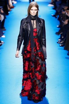 Elie Saab Fall 2016 Ready-to-Wear Fashion Show - Alexandra Elizabeth (Elite)