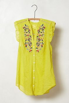 Love everything about this. If I could wear yellowwwww like thisss...